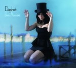 daphne-bleu-venise.jpg